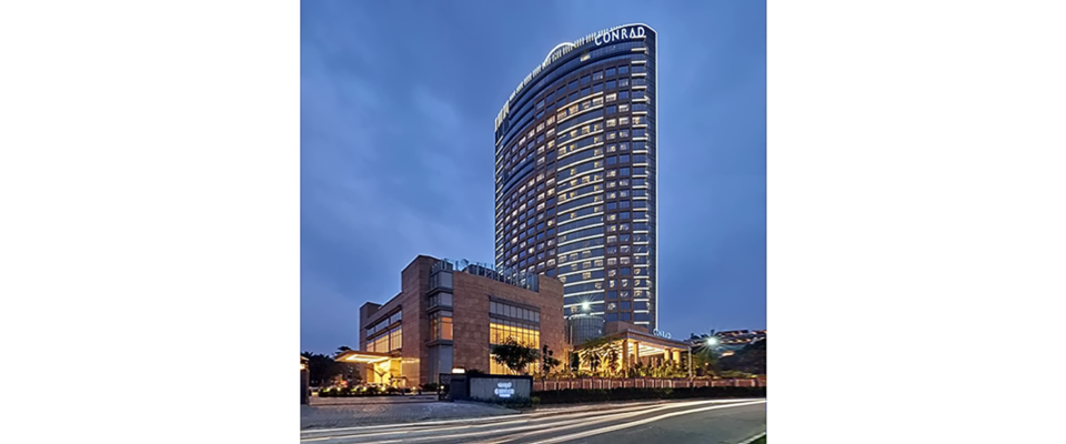 Conrad hotels in Bangalore, best hotel in Bangalore, Hilton hotel in Bangalore, infinity pool, luxury hotel in Bangalore