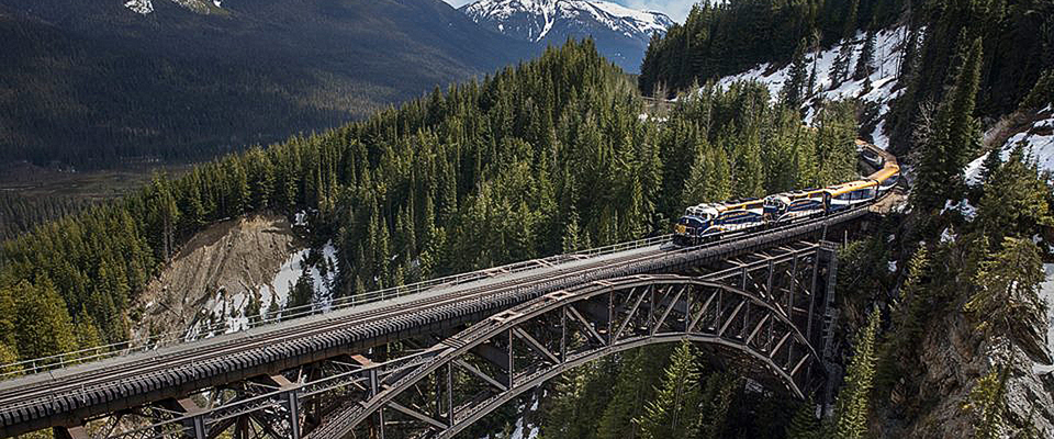 Luxury train tour of Rocky Mountaineer, the luxury train of Canada or North America, Calgary route, majestic Mount Robson