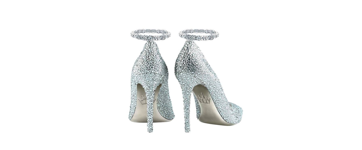 Designed By Uae Based Jada, The Ultimate Kuxury Footwear Judded With Diamonds,Sapphire, Gold And Platinum
