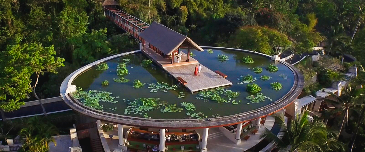 Four seasons resort, Bali Indonesia, float overwater aisle, Jimbaran Bay, destination wedding, wedding resort, Water Wedding