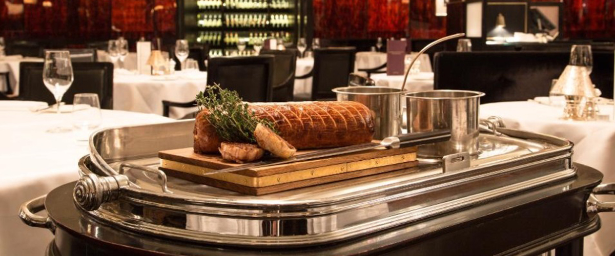 Gordon Ramsay Savoy Grill London, Beef Wellington, signature dish london, london attraction, things to do in london