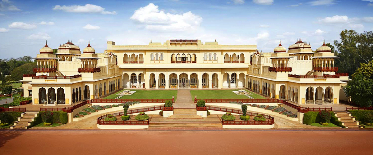 A view of the gorgeous facade of the Taj Rambagh Palace in Jaipur, one of the best heritage hotels in India