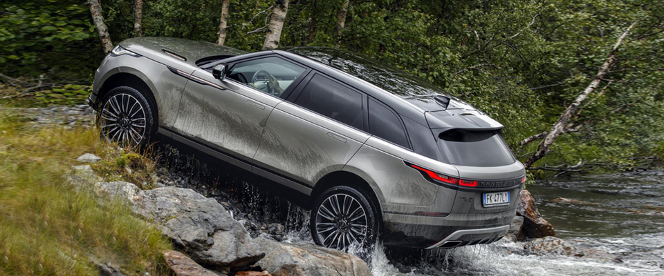 The Adventurous New Range Rover Velar Suv Out On A Rough Patch